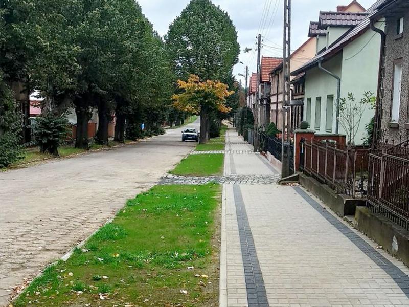 Wyremontowany chodnik w Przemkowie przy ul. ks. Jana Skiby